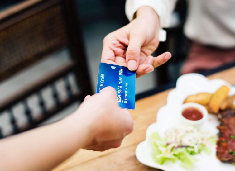 banking-card-credit-card-1332191-scaled-1